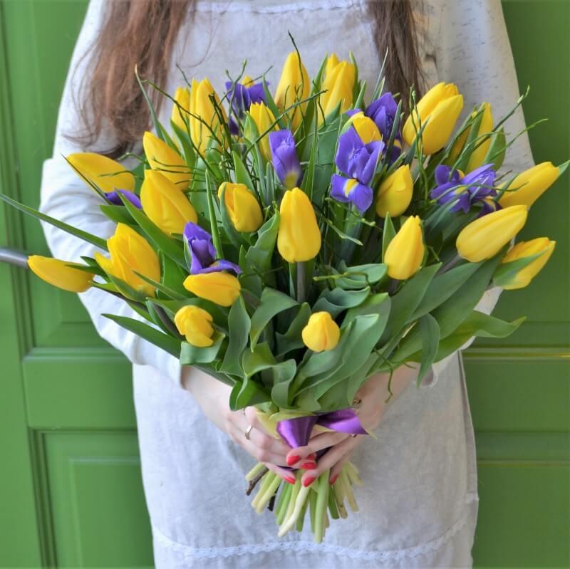 букет тюльпаны ирисы картинки ней